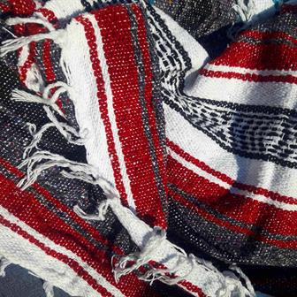 Mexican Falsa Blanket - Red