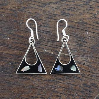 Anita Black Shell Earrings