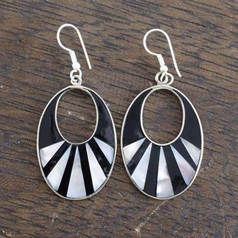 Gracia Black Shell Earrings
