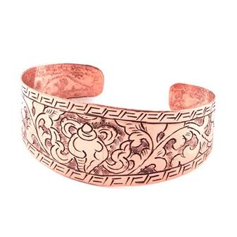 Etched Conch Shell Cuff Bracelet