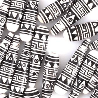 Black and White Pattern Tear Drop Bead